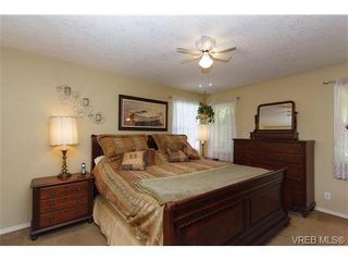 Photo 10: 924 Wendey Dr in VICTORIA: La Walfred House for sale (Langford)  : MLS®# 675974