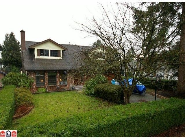 Main Photo: 6030 172A Street in Surrey: Cloverdale BC House for sale (Cloverdale)  : MLS®# F1101552