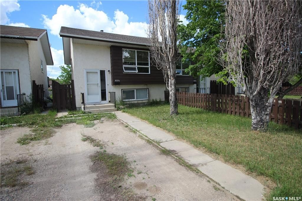Main Photo: 303A-303B 6th Street South in Kenaston: Residential for sale : MLS®# SK810080