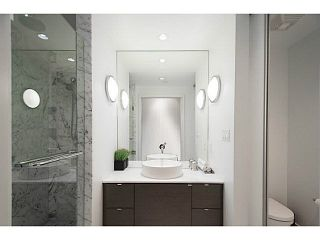 Photo 11: 305 1477 Pender Street in Vancouver: Coal Harbour Condo for rent ()