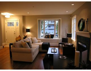 Photo 1: 2856 SPRUCE Street in Vancouver: Fairview VW Townhouse for sale (Vancouver West)  : MLS®# V680140