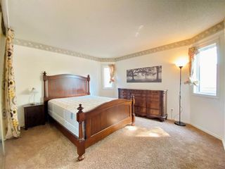 Photo 12: 243 Marygrove Crescent in Winnipeg: House for sale : MLS®# 202122583