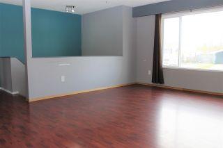 Photo 2: 13 MUNRO Crescent in Mackenzie: Mackenzie -Town House for sale (Mackenzie (Zone 69))  : MLS®# R2508963