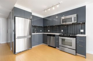 """Photo 3: 1203 1325 ROLSTON Street in Vancouver: Downtown VW Condo for sale in """"THE ROLSTON"""" (Vancouver West)  : MLS®# R2566761"""