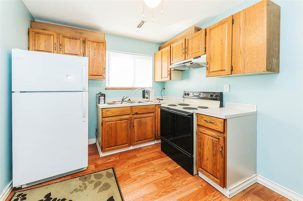 Photo 13: Photos: 11812 232 Street in Maple Ridge: Cottonwood MR 1/2 Duplex for sale : MLS®# R2317153