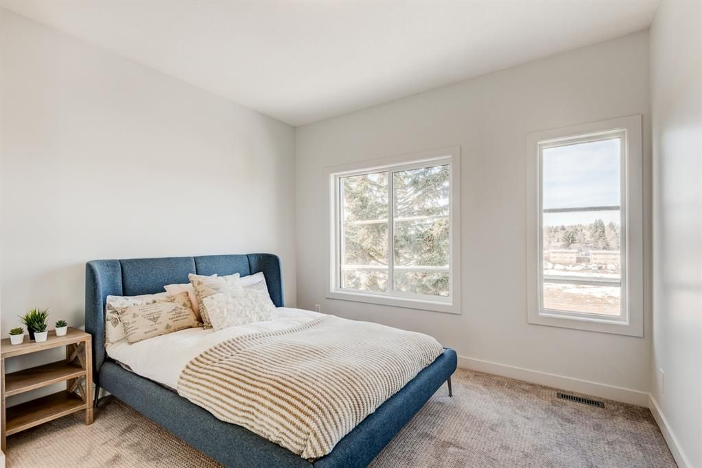Photo 18: Photos: #1 4207 2 Street NW in Calgary: Highland Park Semi Detached for sale : MLS®# A1111957