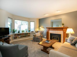 Photo 5: 3320 GARDEN CITY Road in Richmond: West Cambie House for sale : MLS®# R2568135