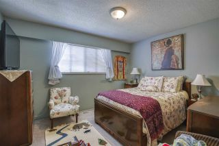 Photo 20: 15815 THRIFT Avenue: White Rock House for sale (South Surrey White Rock)  : MLS®# R2480910