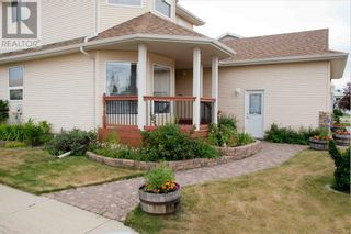 Photo 3: 68 Dowler Street in Red Deer: House for sale : MLS®# A1126800