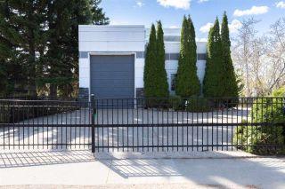 Photo 2: 4945 ADA Boulevard in Edmonton: Zone 23 House for sale : MLS®# E4238151