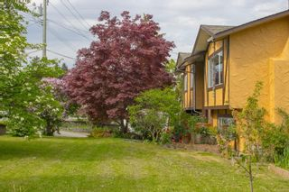 Photo 3: 7635 East Saanich Rd in : CS Saanichton House for sale (Central Saanich)  : MLS®# 874597