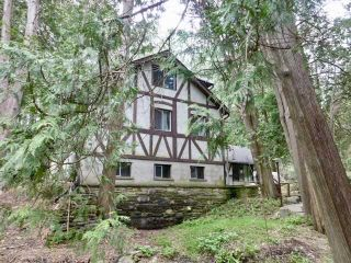 Photo 1: 663 River Road in Caledon: Rural Caledon House (2-Storey) for sale : MLS®# W4770472