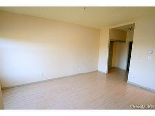 Photo 10: 307 1083 Tillicum Rd in VICTORIA: Es Kinsmen Park Condo for sale (Esquimalt)  : MLS®# 667434