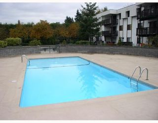 """Photo 8: 103 12170 222ND Street in Maple_Ridge: West Central Condo for sale in """"WILDWOOD TERRACE"""" (Maple Ridge)  : MLS®# V741110"""