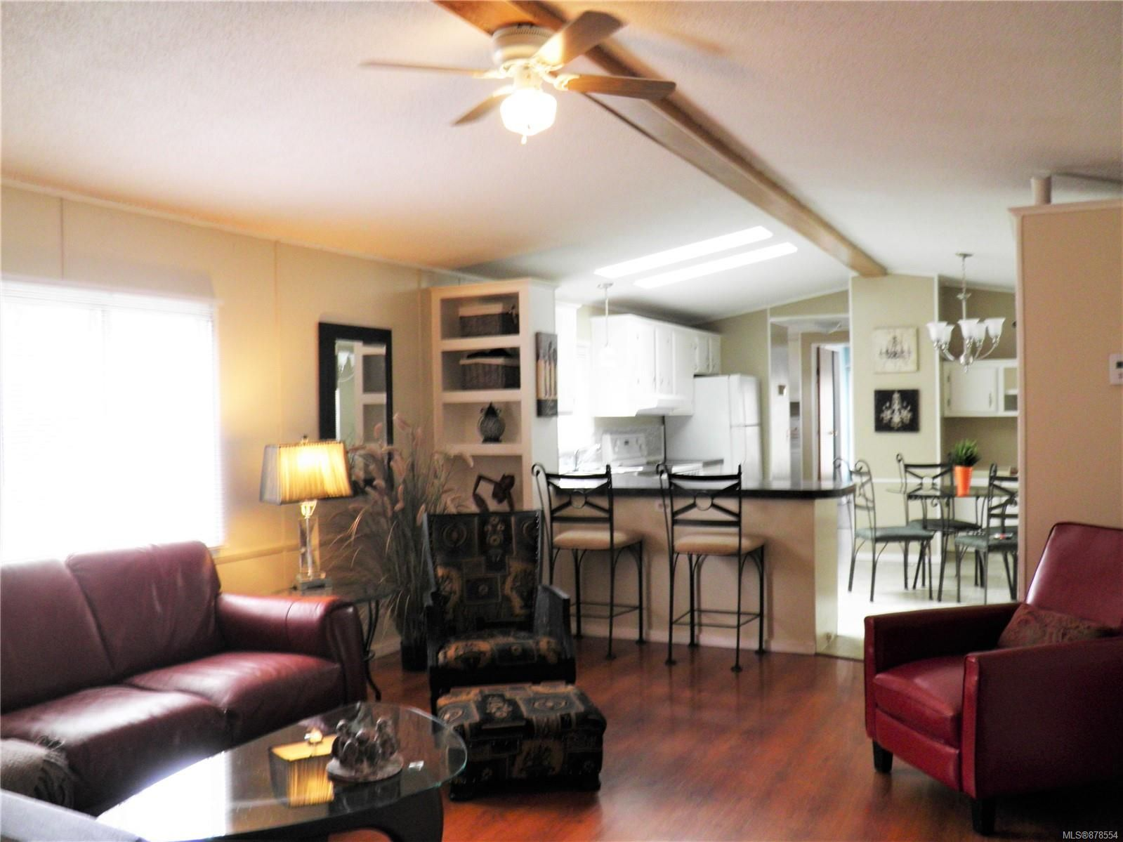 Photo 3: Photos: 56 390 Cowichan Ave in : CV Courtenay East Manufactured Home for sale (Comox Valley)  : MLS®# 878554