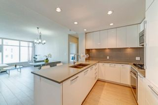 """Photo 5: 2505 3102 WINDSOR Gate in Coquitlam: New Horizons Condo for sale in """"Celadon by Polygon"""" : MLS®# R2610333"""