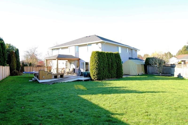 Photo 17: Photos: 22266 47 AVENUE in Langley: Murrayville House for sale : MLS®# R2323768