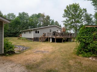 Photo 3: 6 First Street in Alexander RM: Pinawa Bay Residential for sale (R28)  : MLS®# 202118253