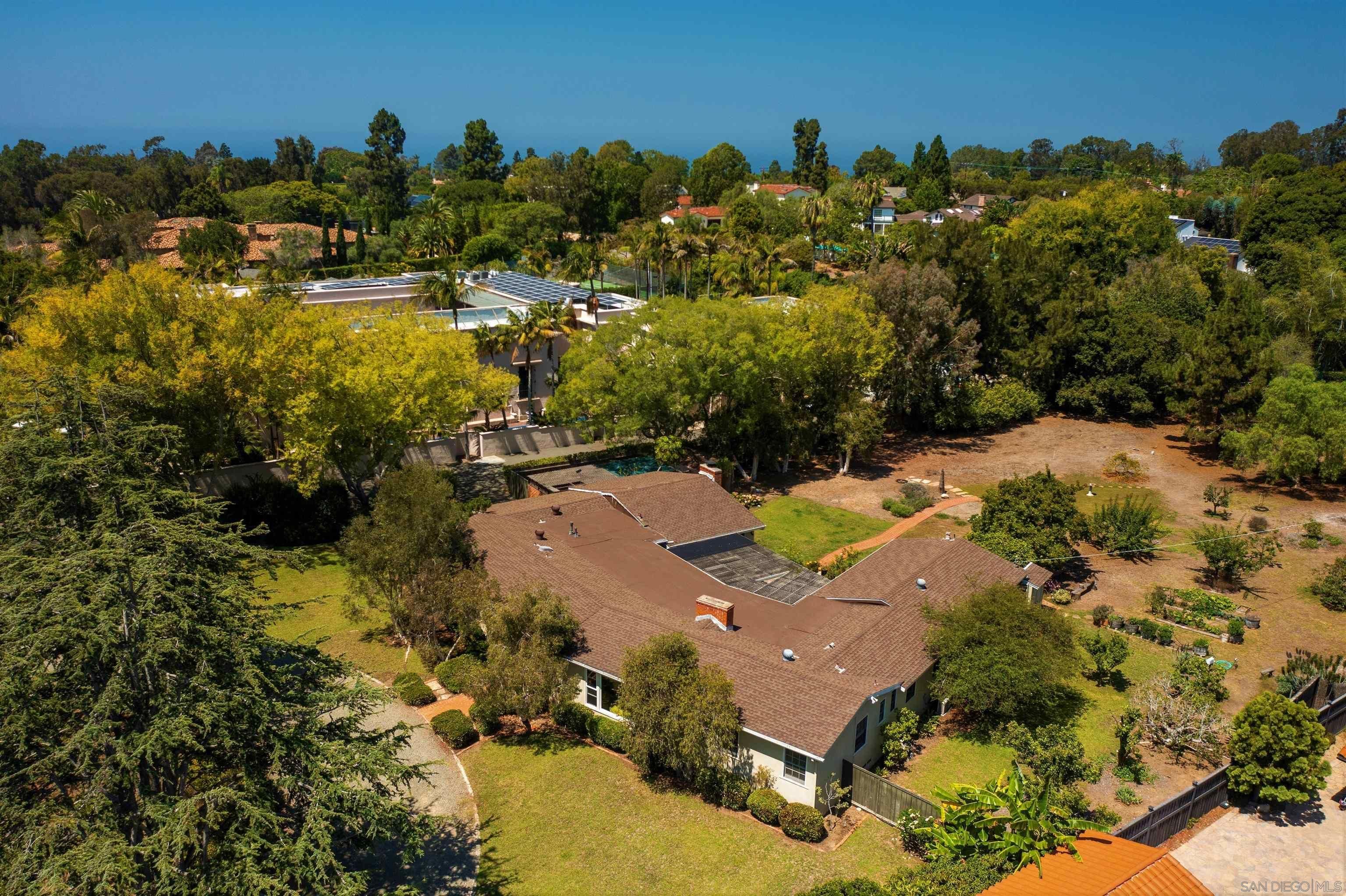 Main Photo: LA JOLLA House for sale : 4 bedrooms : 1780 La Jolla Rancho Rd.