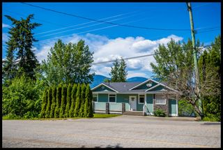 Photo 22: 3513 Eagle Bay Road in Eagle Bay: Waterfront House for sale : MLS®# 10100248