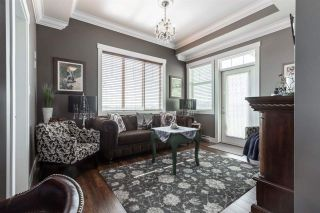 Photo 4: 2379 CHARDONNAY Lane in Abbotsford: Aberdeen House for sale : MLS®# R2579620