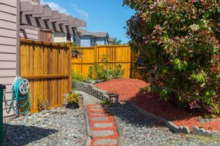 Photo 23: 758 Blackberry Rd in : SE High Quadra Row/Townhouse for sale (Saanich East)  : MLS®# 876346