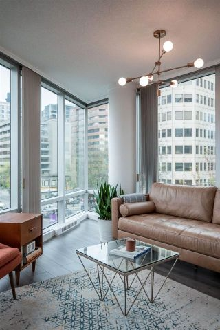 """Photo 4: 402 1003 BURNABY Street in Vancouver: West End VW Condo for sale in """"MILANO"""" (Vancouver West)  : MLS®# R2580390"""