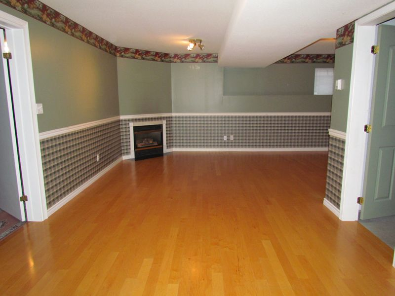 Photo 19: Photos: 30936 Brookdale Crt. in Abbotsford: Abbotsford West House for rent
