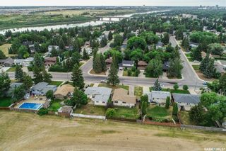 Photo 7: 110 Assiniboine Drive in Saskatoon: River Heights SA Residential for sale : MLS®# SK866495