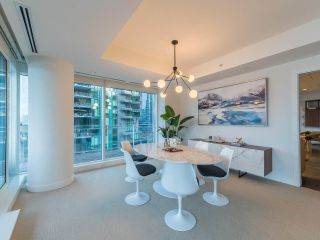 Photo 9: 902 1139 W CORDOVA Street in Vancouver: Coal Harbour Condo for sale (Vancouver West)  : MLS®# R2542938