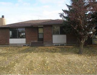 Photo 13: 5836 MEMORIAL Drive NE in CALGARY: Marlborough Park Residential Detached Single Family for sale (Calgary)  : MLS®# C3397605