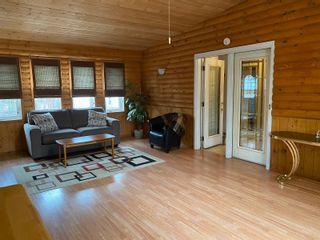 Photo 35: 302 Smith Street in Treherne: House for sale : MLS®# 202110581