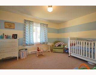 "Photo 12: 6344 SAMRON Road in Sechelt: Sechelt District House for sale in ""WEST SECHELT"" (Sunshine Coast)  : MLS®# V760674"