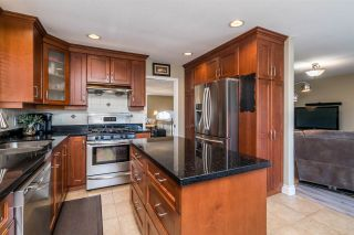 Photo 11: 1371 EL CAMINO Drive in Coquitlam: Hockaday House for sale : MLS®# R2569646