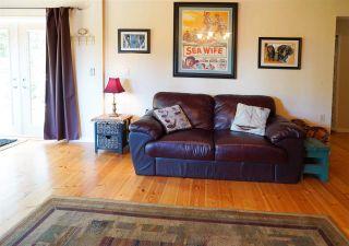 Photo 9: 516 BAYVIEW Drive: Mayne Island House for sale (Islands-Van. & Gulf)  : MLS®# R2580553