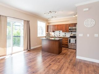 """Photo 7: 76 19932 70 Avenue in Langley: Willoughby Heights Townhouse for sale in """"Summerwood"""" : MLS®# R2380626"""