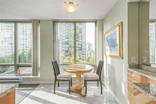 """Photo 3: 601 1288 W GEORGIA Street in Vancouver: West End VW Condo for sale in """"The Residences on Georgia"""" (Vancouver West)  : MLS®# R2495717"""