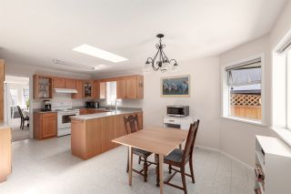 Photo 10: 5111 CENTRAL AVENUE in Delta: Hawthorne House for sale (Ladner)  : MLS®# R2398006