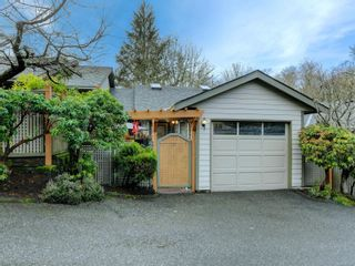 Photo 1: 18 2190 Drennan St in : Sk Sooke Vill Core Row/Townhouse for sale (Sooke)  : MLS®# 864347