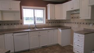 """Photo 6: 12826 BEN'S Road: Charlie Lake Manufactured Home for sale in """"BEN'S SUBDIVISION"""" (Fort St. John (Zone 60))  : MLS®# R2610995"""