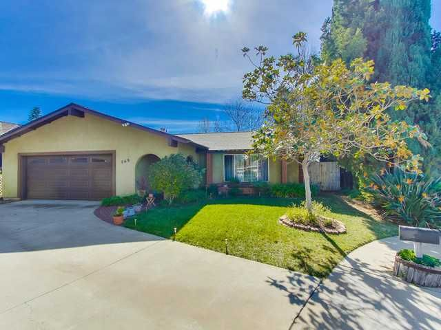 Main Photo: SOUTH ESCONDIDO House for sale : 3 bedrooms : 869 Montview Drive in Escondido
