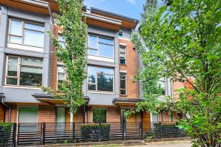 Main Photo: 5510 OAK Street in Vancouver: Cambie Townhouse for sale (Vancouver West)  : MLS®# R2613115