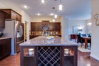 Photo 5: 17136 5 Avenue in Edmonton: Zone 56 House for sale : MLS®# E4259023
