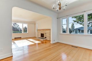 Photo 5: 194 W QUEENS Road in North Vancouver: Upper Lonsdale House for sale : MLS®# R2318031