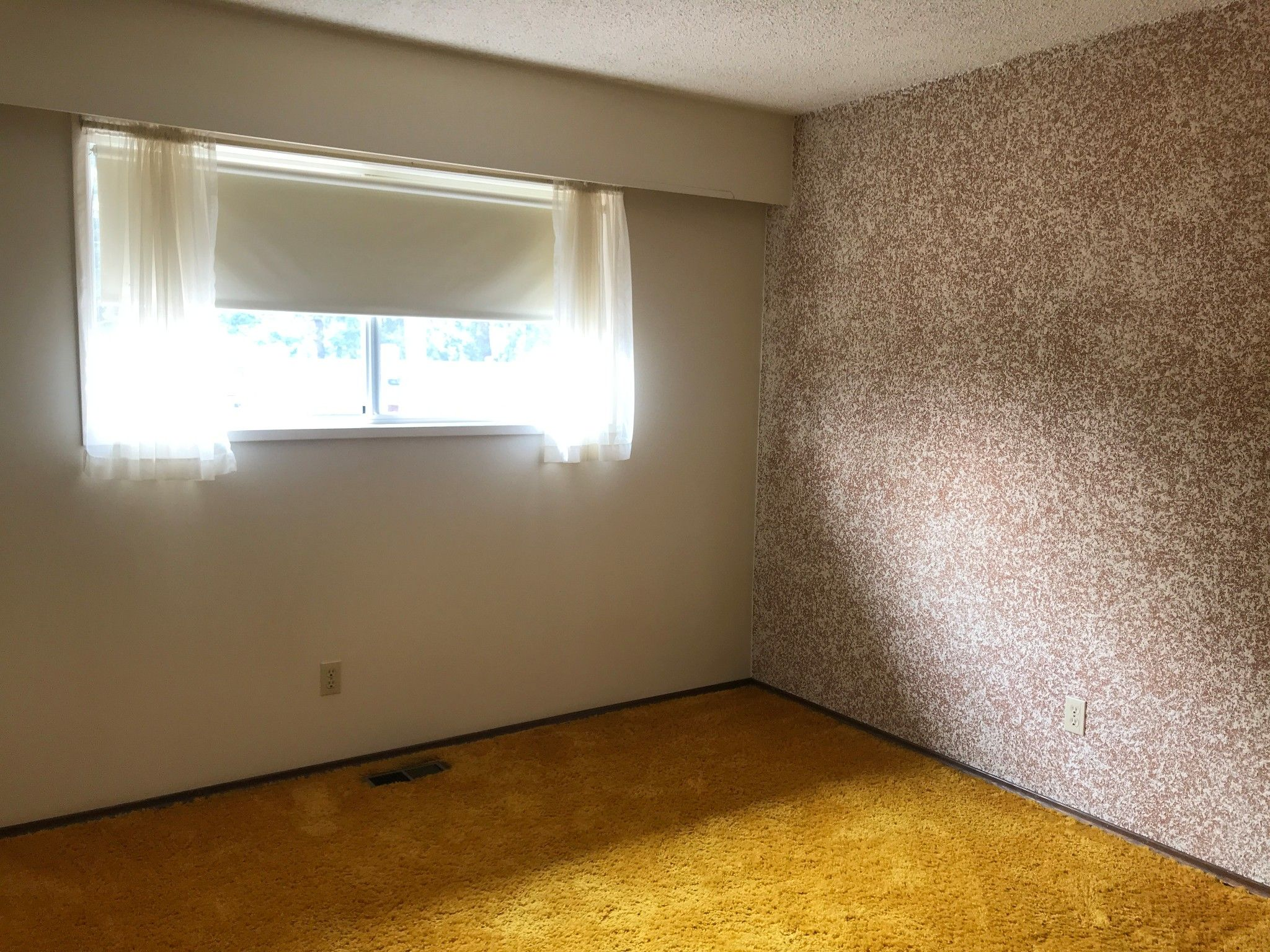 Photo 8: Photos: 2136 Topaz St. in Abbotsford: Abbotsford West House for rent