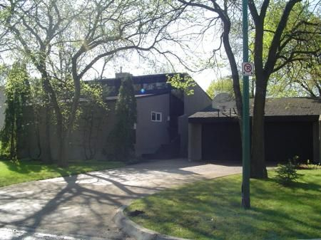 Main Photo: 94 Woodlawn in Winnipeg: MB RED for sale : MLS®# 2606504