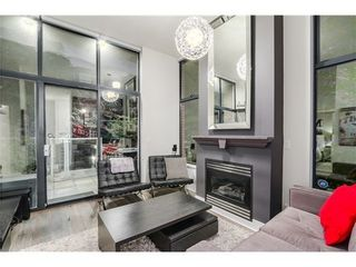 Photo 2: 101 2228 MARSTRAND Ave in Vancouver West: Home for sale : MLS®# V1085238
