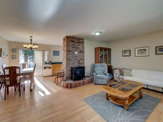 """Photo 13: 8089 REDROOFFS Road in Halfmoon Bay: Halfmn Bay Secret Cv Redroofs House for sale in """"WELCOME WOODS"""" (Sunshine Coast)  : MLS®# R2563771"""
