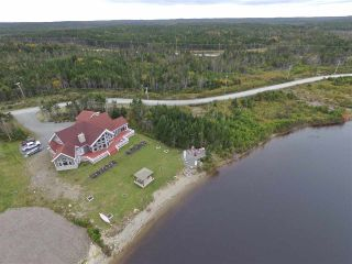 Photo 3: 83 Bastion Avenue in Louisbourg: 206-Louisbourg Residential for sale (Cape Breton)  : MLS®# 202021399