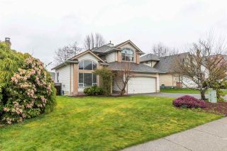 """Photo 2: 21487 TELEGRAPH Trail in Langley: Walnut Grove House for sale in """"FOREST HILLS"""" : MLS®# R2561453"""